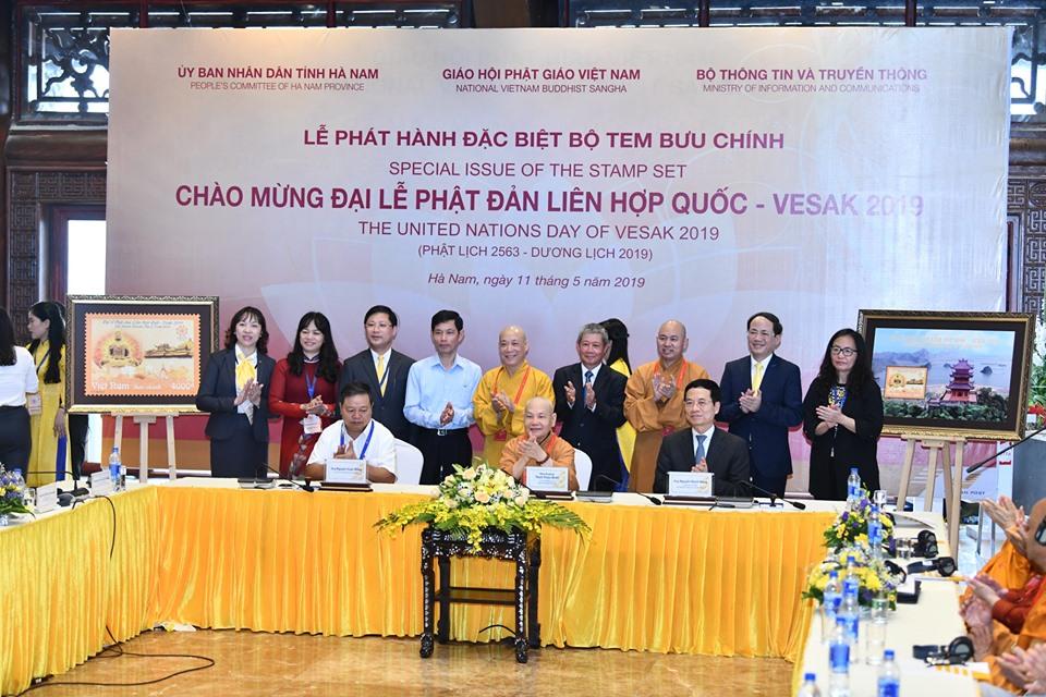Hà Nam: Lễ ra mắt Tem Bưu Chính chào mừng Đại lễ Vesak LHQ 2019
