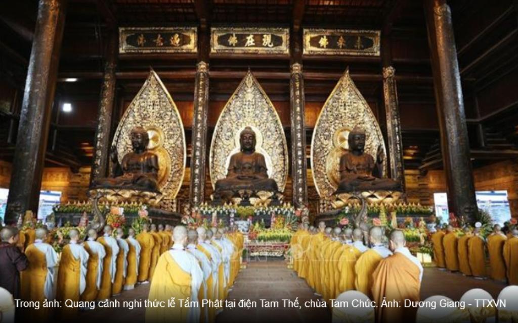 BATHING OF THE BUDDHA RITUAL